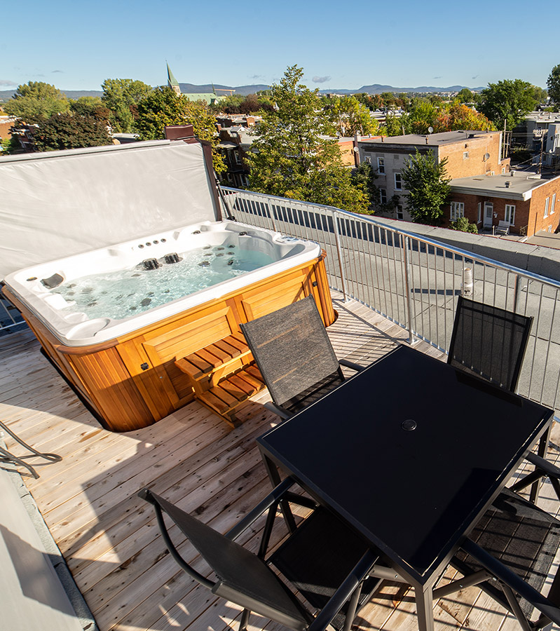 Private Hot tub and terrace-Havres Urbains-Penthouse 401